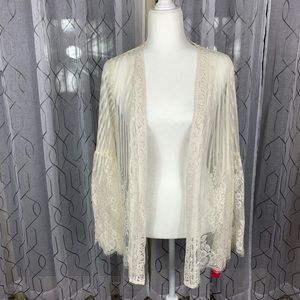 Xhilaration Bell Sleeve Lace Kimono Small